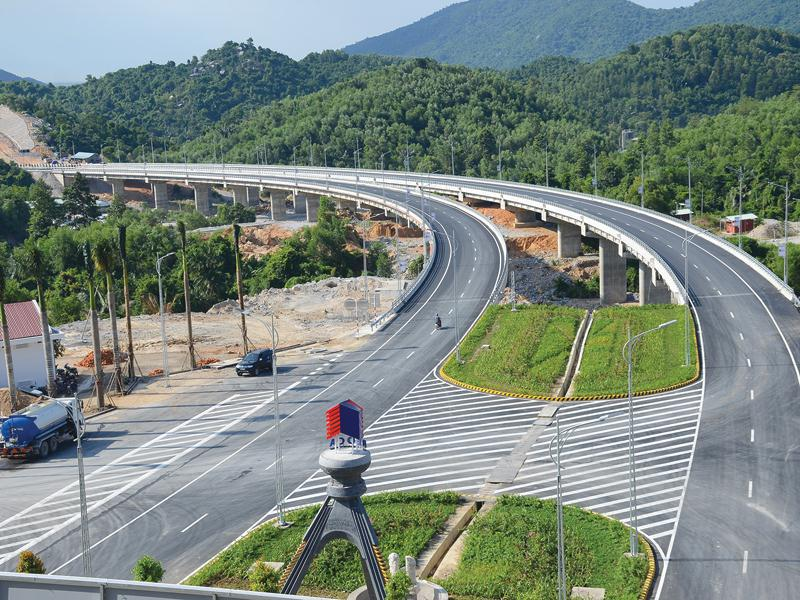 Ánh sáng rực rỡ của những công trình hầm đường bộ