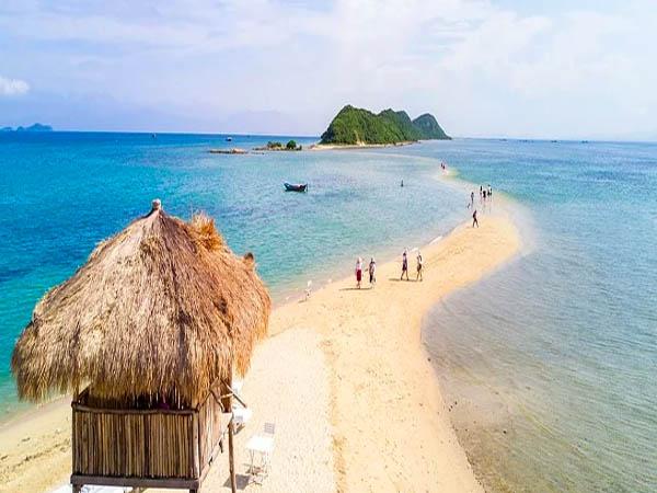 Đảo Điệp Sơnđộc đáo với con đường giữa biển